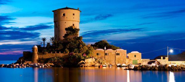 Torre Saracena Giglio Campese